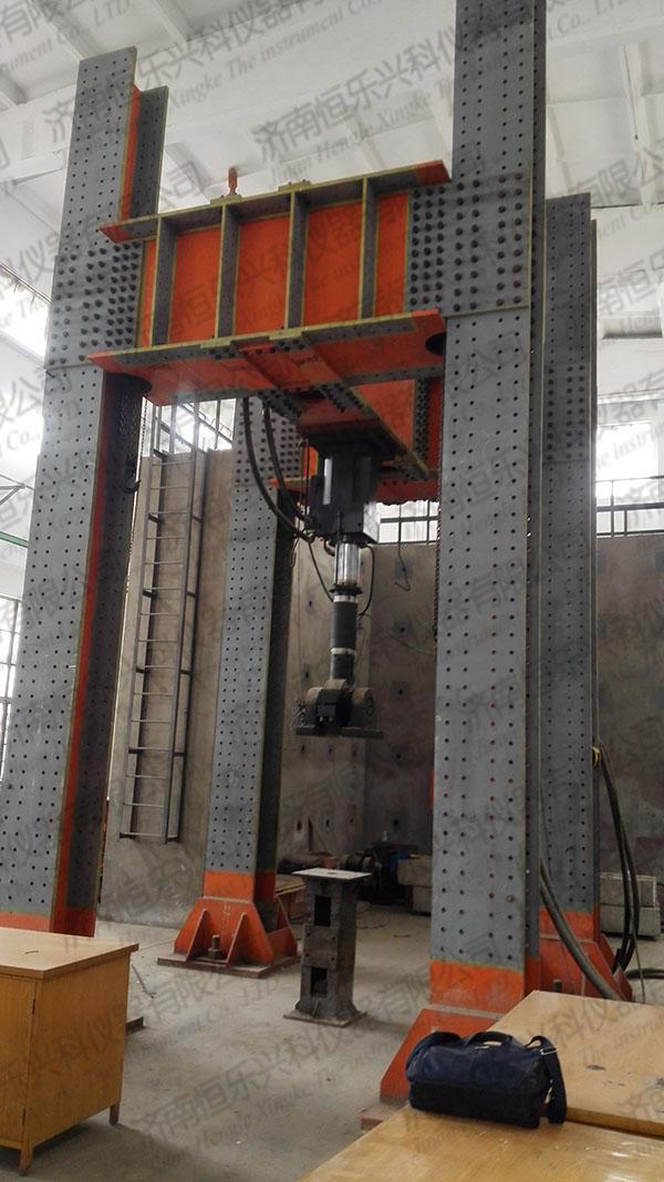 可方便对墙体,混凝土梁,钢结构桁架等构件进行力学性能试验,也可进行